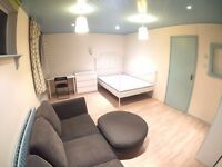 ** SELECTION OF HUGE DOUBLE ROOMS AVAILABLE TO MOVE IN NOW!! EAST LONDON