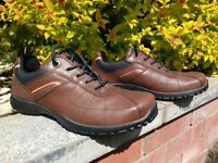 Men's Shoes Padders casual, size 9 1/2