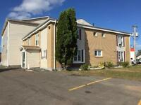 BACHELOR UNIT - DOWNTOWN MONCTON - ALL IN RENT!!