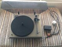 Revolver Hi Fi turntable