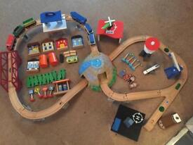 ToysrUs Sound City Railway over 80 pieces