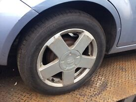 Ford Fiesta fusion Ghia alloy wheels new tyres