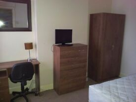 Clean and tidy double room