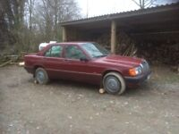 Mercedes-Benz 190 2.5 D 4dr. Project car to do up.