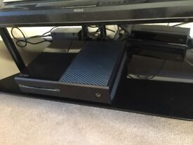Xbox One 500gb 2 Controllers + Kinect