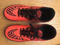 Childrens Nike Astro Trainers size 6