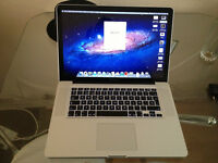 I7 QUAD CORE MAC BOOK PRO 2.5 Ghs, 16gh Ram, ATI Radeon, Intel Hd, 256SSD 15""