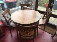 Light Wooden Round Table and 4 chairs