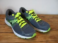 Nike Dart 10 Men's Running Shoes / Trainers. Blue / Green. Size UK 11 / EU 46. Almost as new.