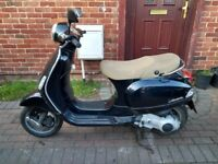2007 Piaggio Vespa LX 125 automatic scooter, long MOT, good runner, bargain, ride away ,,,,