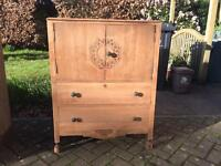 Stunning Solid Oak 1940s Chest Of Drawers & Linen Cabinet