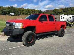 2008 Chevrolet SILVERADO 2500HD LTZ DURAMAX LIFTED