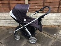 Mamma and Pappas Sola pram and carrycot