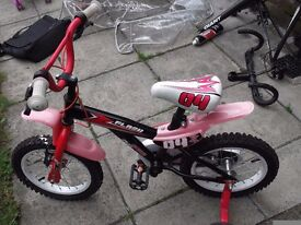 apollo flash spike childs bike,with helmet,wheel size 35cm,seat height 45cm upto 60cm