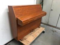 Zender Upright Piano £220 ONO