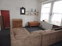 Alfred Street, Roath, 2 Bed Flat, £700pcm, ***AVAILABLE NOW***
