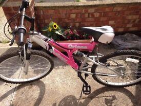 Pink Oriana Challenge Girls bike - 23 inches wheel size