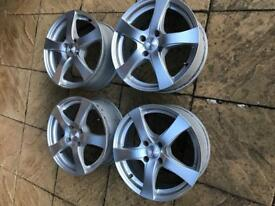 Alloy Wheels 17 inch - Dezent branded