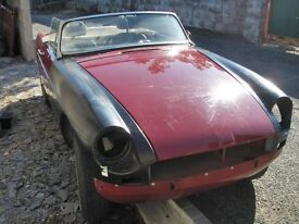 MGB / MGB GT WANTED FOR SPARES /RESTORATION - EVEN A PILE OF BITS - CASH COLLECTION