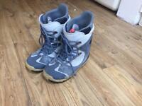 UK 13 snowboard boots (Burton Ruler)
