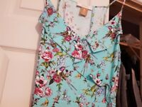 Ladies Oasis size 12 summer dress