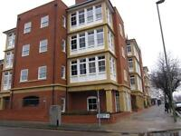 2 bedroom flat in Imperial Square, Hurley Court, North Finchley N12