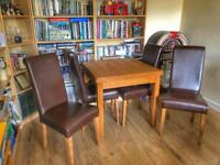 Dinning table solid oak with 4 chairs SOLD