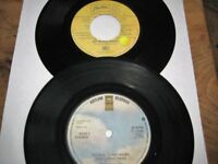Selection Of 18 Vintage Collectable 7 Inch Vinyl Singles.