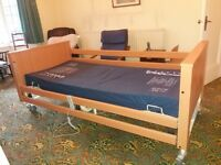 Fully adjustable hospital bed and mattress