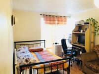 Large Charming double room in Ilford, Newbury Park