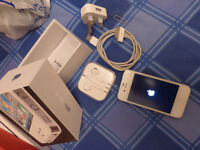 32 GB Iphone 4 as new complete in box all acessories & sealed earphones Unlocked