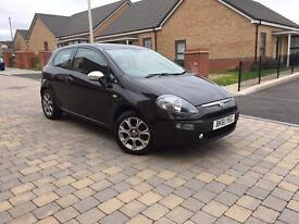 Fiat Punto EVO 1.4L, 12 months MOT, 2011 , 57000 Mileage, 1x Previous Owner .