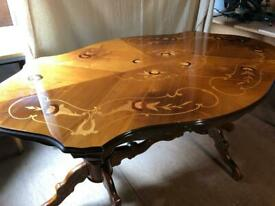 Lacquerd dining table