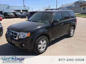 2010 Ford Escape XLT 3.0L 4WD - SUNROOF/BLUETOOTH