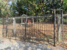 Driveway gates with side panel Queanbeyan Queanbeyan Area Preview