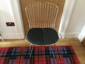 Four designer harry bertoia style wire chairs