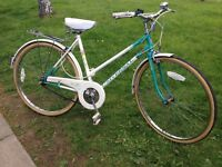 Ladies vintage Universal town bike