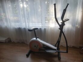 Cross trainer and bike. 2 in 1.