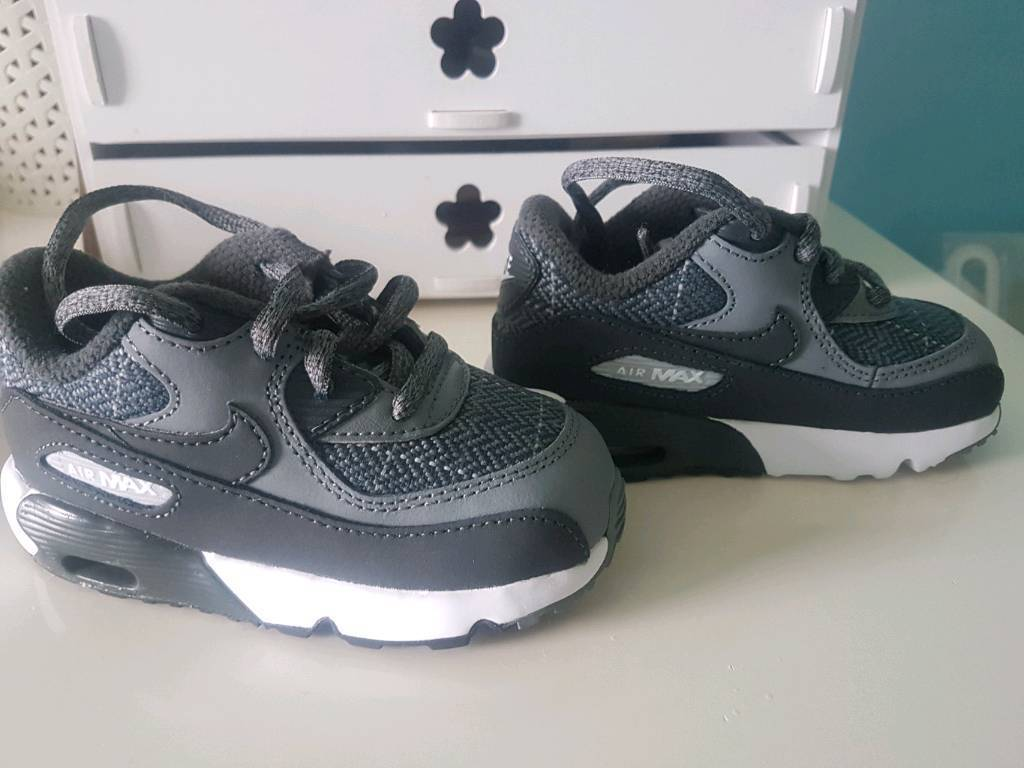Nike baby shoes size 6.5