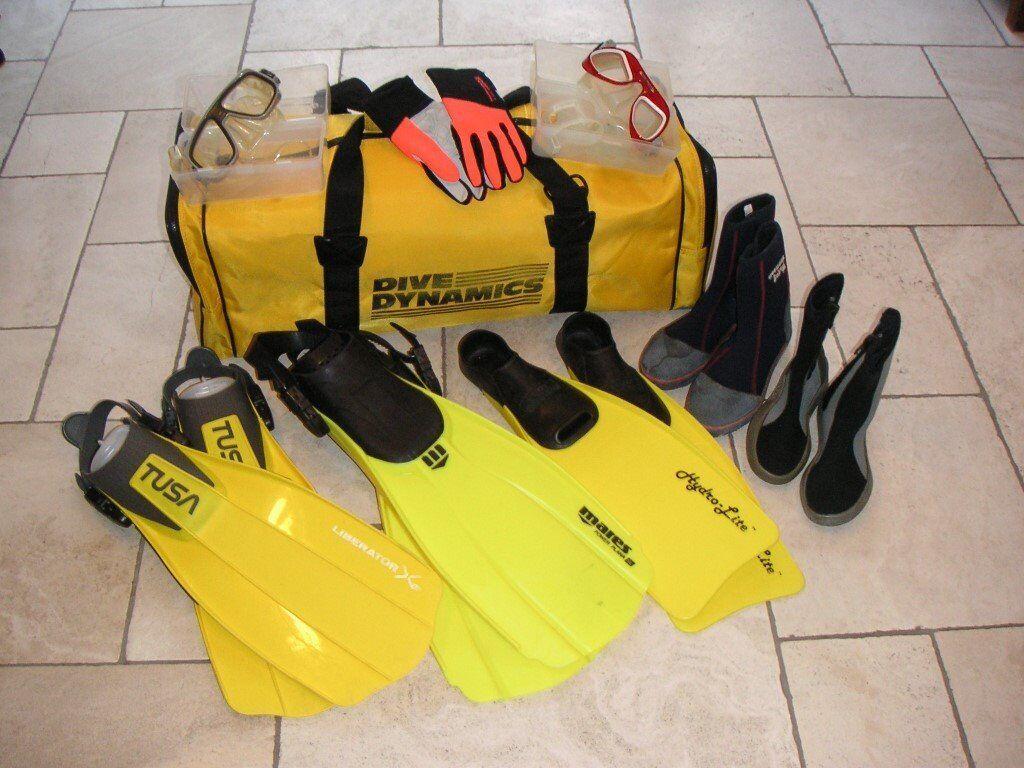 Scuba Fins, Masks, Gloves and Bag