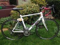 Cube peloton 27 speed road bike,tiagra gears/shifters/brakes,carbon forks,700c aksium wheels