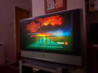 """41"""" SONY WEGA LCD PROJECTION TV - MINT CONDITION / GENUINE REMOTE / FULLY WORKING"""