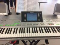 Tyros 2 electric piano