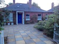 Special 4 bedroom house in St Leonards, Exeter available end of September