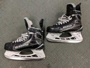 Used Bauer Supreme 1S Hockey Skates 7D