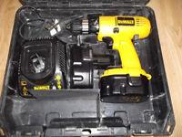 14,4 V DEWALT cordless drill/screwdriver