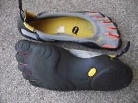 The Vibram FiveFingers EL-X Running Shoe £35 uk size 44