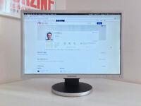 "Samsung 22"" monitor – SyncMaster 225BW – including Apple Mini DisplayPort adapter, DVI & VGA cables"