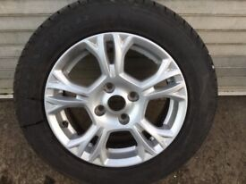 195/60/15 wheel and tyre to fit Ford B Max