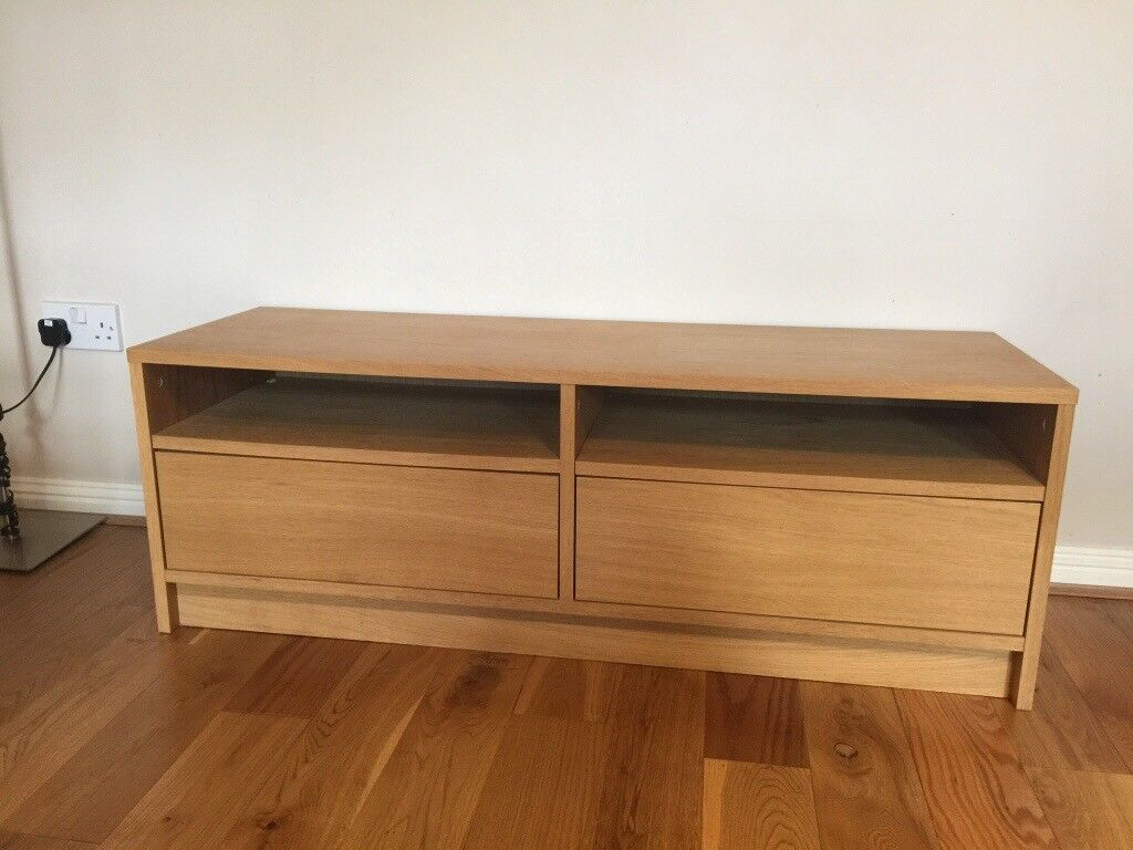 TV unit woth drawers